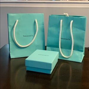 Tiffany & Co bag/ box